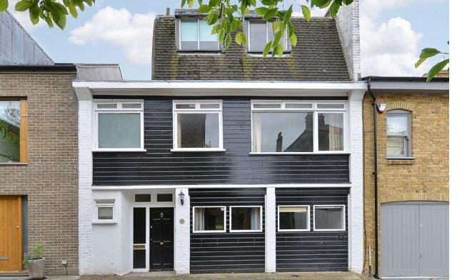 Boyne Terrace Mews, London W11