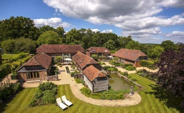 Amblehurst Manor Farm, Wisborough Green, Billingshurst, West Sussex