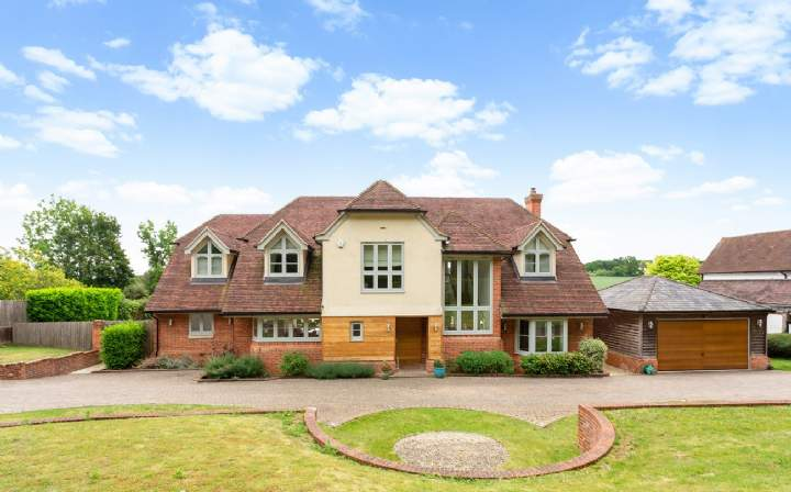 Arvers, Grubwood Lane, Cookham, Berkshire