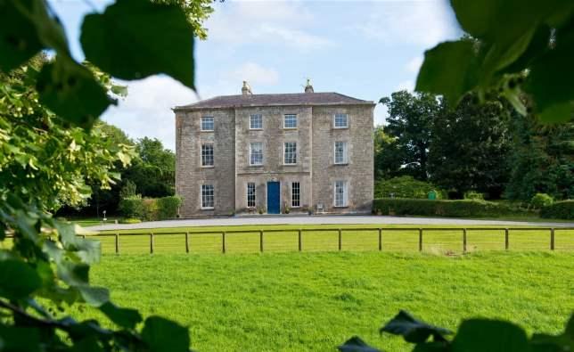 6 of the Best: Ballindoolin House, Co Kildare