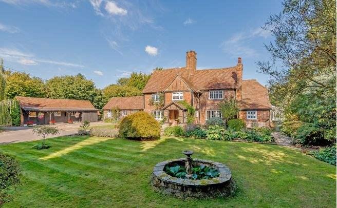 Barton Colyers, Whelpley Hill, Chesham, Buckinghamshire