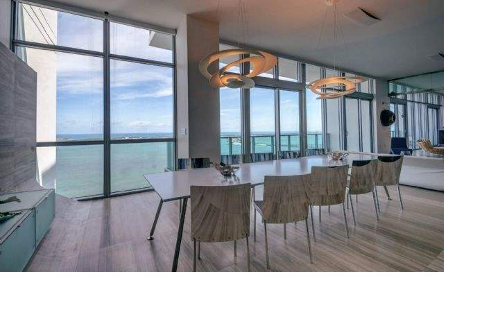 Brickell Bay Drive, Florida - Dining room