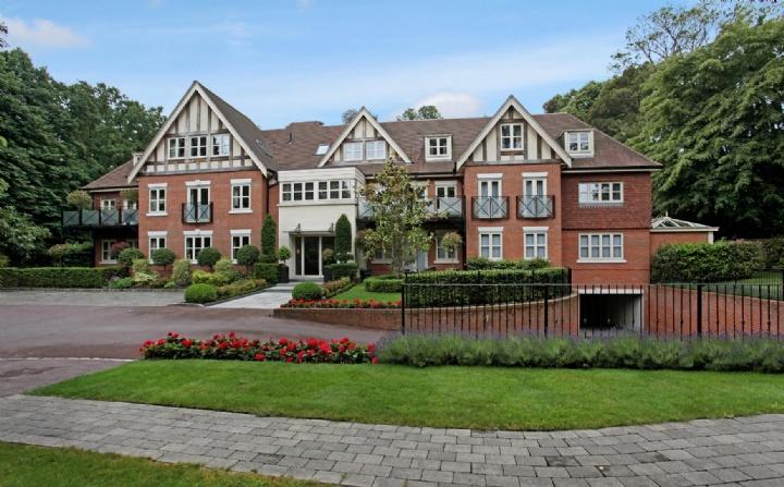 Brockenhurst House, Brockenhurst Road, Ascot, Berkshire