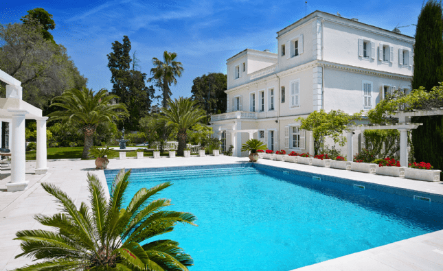 Pool - Cannes, French Riviera