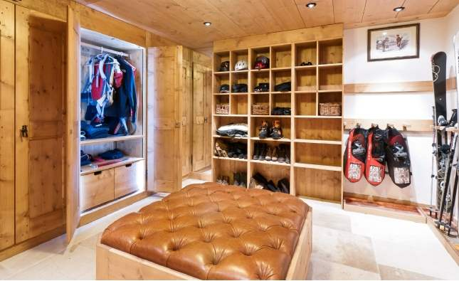 Boot room, Chalet Poinsettia