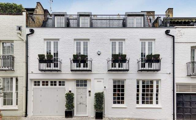 Ennismore Mews, London SW7