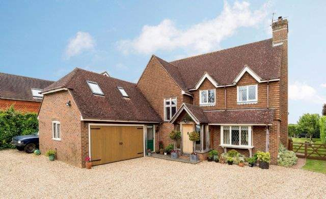 Honeyfield, Bentley, Farnham, Surrey