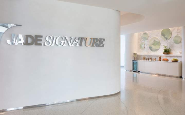 ade Signature, 16901 Collins Ave, Sunny Isles Beach, Florida, US