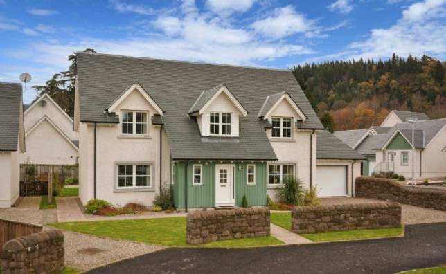 Properties near Scottish ski areas: Lagreach Brae