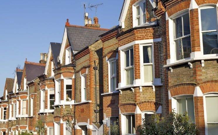London housing market has highest debt but lowest risk in the UK