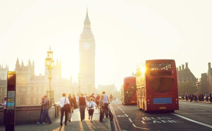 London hosts 18.32m international overnight visitors a year