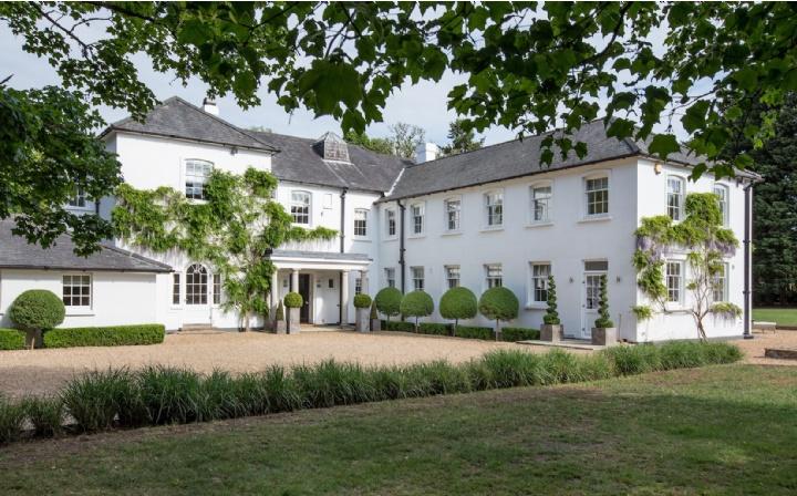 Moor House, Rushmoor, Farnham, Surrey