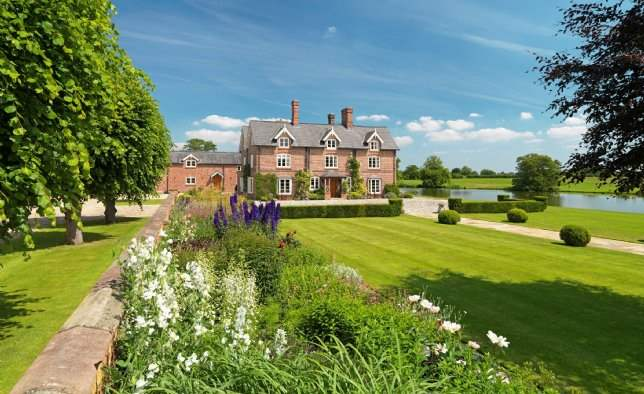 Spurstow Hall, Cheshire