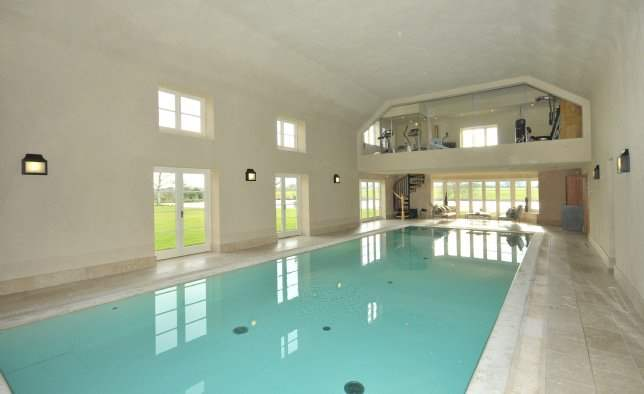 Pool, Spurstow Hall, Cheshire