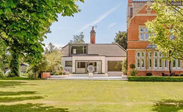 The Bungalow Sutherland Grange, Windsor, Berkshire