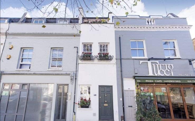 The Slim House, Wandsworth, London SW11