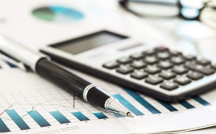 Valuation inconsistencies add to rating woes